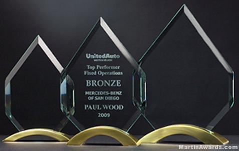 Diamond Series with Gold Metal Base Glass Award