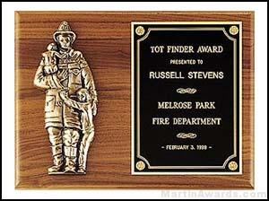 Plaque – Fireman Plaques with Cast Figure 1