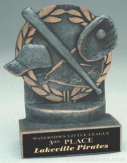 Baseball Wreath Resin Trophy 1